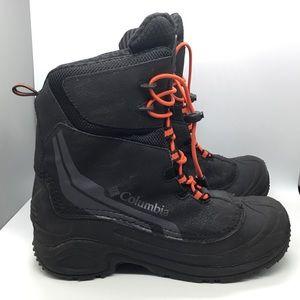 Men's Columbia 200 gram snow boot